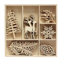 Wooden Elements Christmas Tree and Reindeer